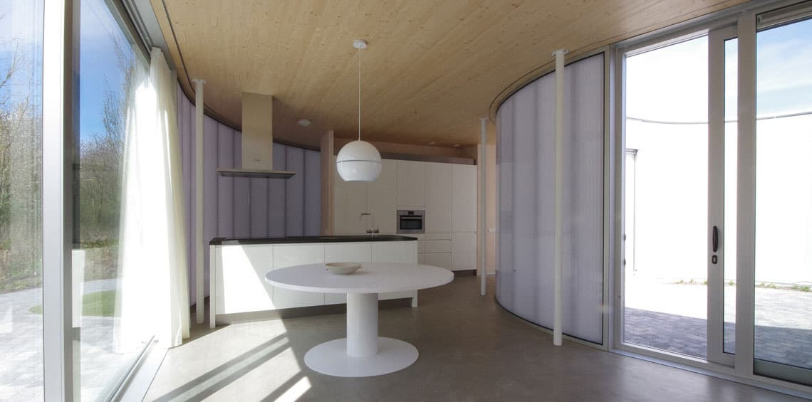Gelijmde_houtconstructies_Cross_laminated_timber_slider-1140x650